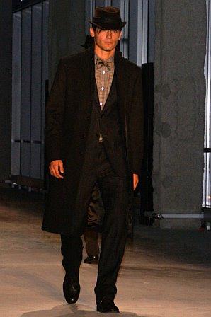 John Varvatos Fall 2007 (photo by Bibs Teh / Meniscus Magazine)