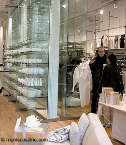 The MUJI SoHo store on opening day before the crowd swooped in. (photos by Yuan-Kwan Chan / Meniscus Magazine)