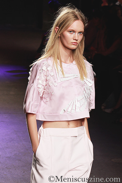 A look from the ICB by Prabal Gurung Spring 2014 show in New York, which took place off-site at Eyebeam. (photo by Ekaterina Golovinskaya / Meniscus Magazine)