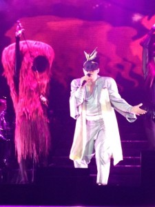 "Eason Chan exclusively wore Johanna Ho's designs during his 2012 concert tour, which included a stop at London's O2 Arena. (photo courtesy of <a href=""http://blog.johannaho.com/blog/2012/04/25/eason-chan-2012-duo-at-the-london-o2/"">Johanna Ho</a>)"