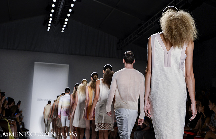 The finale of the Son Jung Wan Morocco-inspired Spring 2014 collection. (photo by Semon Tam for Meniscus Magazine)