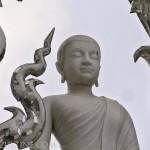 WhiteTemple_ChiangRai_Thailand_11