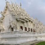 WhiteTemple_ChiangRai_Thailand_16