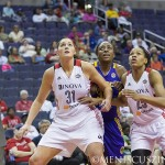 Sparks_NnekaOgwumike_140601_02