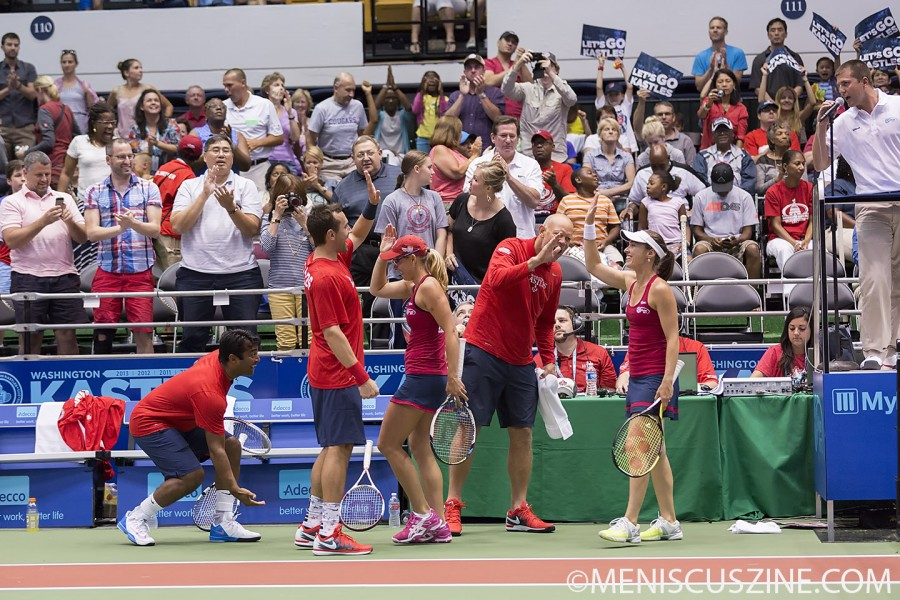 (l to r) Leander Paes, Bobby Reynolds, Anastasia Rodionova, Kastles coach Murphy Jensen and Martina Hingis celebrate another win in the Nation's Capital. (photo by Kwai Chan / Meniscus Magazine)