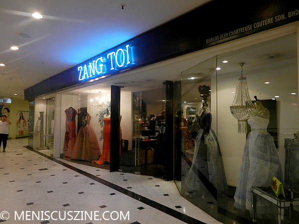Zang Toi's retail locations at Lot 10 in Kuala Lumpur. (photo by Yuan-Kwan Chan / Meniscus Magazine)