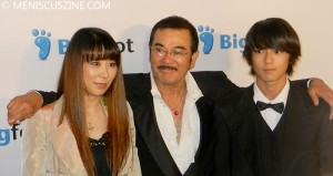 Daughter Juri Manase (left), Sonny Chiba (center) and son Mackenyu Maeda (right) at the 2011 Singafest Asian Film Festival in Los Angeles. (photo by Yuan-Kwan Chan / Meniscus Magazine)