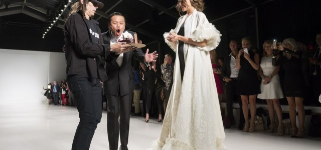 Celebrating his 25th anniversary in New York, Malaysian fashion designer Zang Toi chose America as the theme for his Spring 2015 collection.