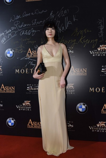Bae Doona on the red carpet at the 9th Asian Film Awards, held at The Venetian Macao. (photo courtesy of the Asian Film Awards)