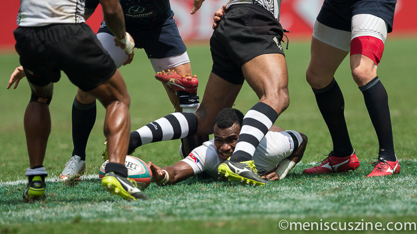 Fiji's victory over England in the Hong Kong Sevens 2015 quarterfinals was its closest game, score-wise. (photo by Christiaan Hart / Meniscus Magazine)