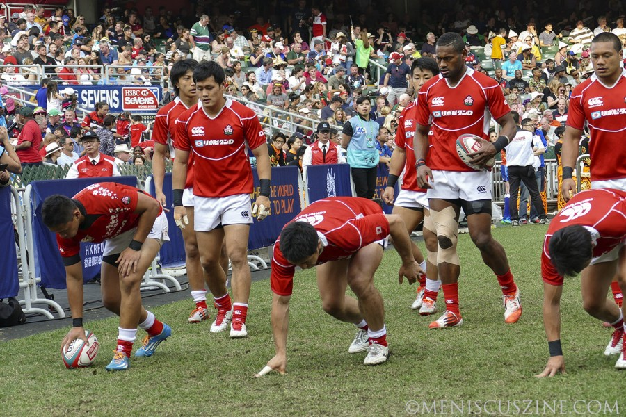 Team Japan warms up before playing for the Shield against Kenya. (photo by Yuan-Kwan Chan / Meniscus Magazine)