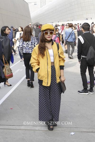 Street style at Seoul Fashion Week. (photo by Yuan-Kwan Chan / Meniscus Magazine)