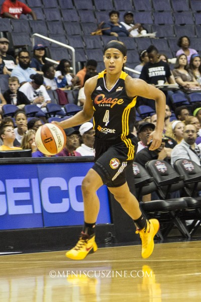 Skylar Diggins scored 14 points in 33 minutes of play for the Tulsa Shock. (photo by Kwai Chan / Meniscus Magazine)