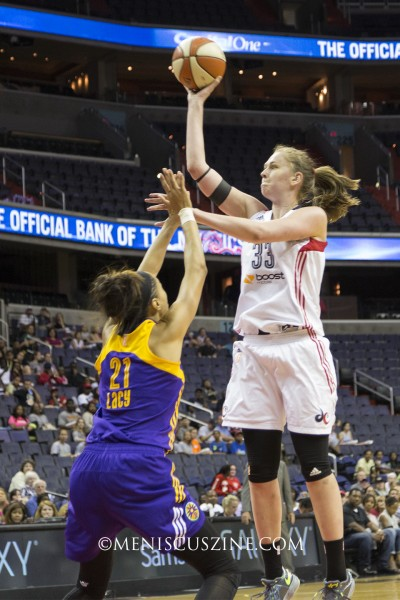 Emma Meesseman (right) of the Washington Mystics. (photo by Kwai Chan / Meniscus Magazine)