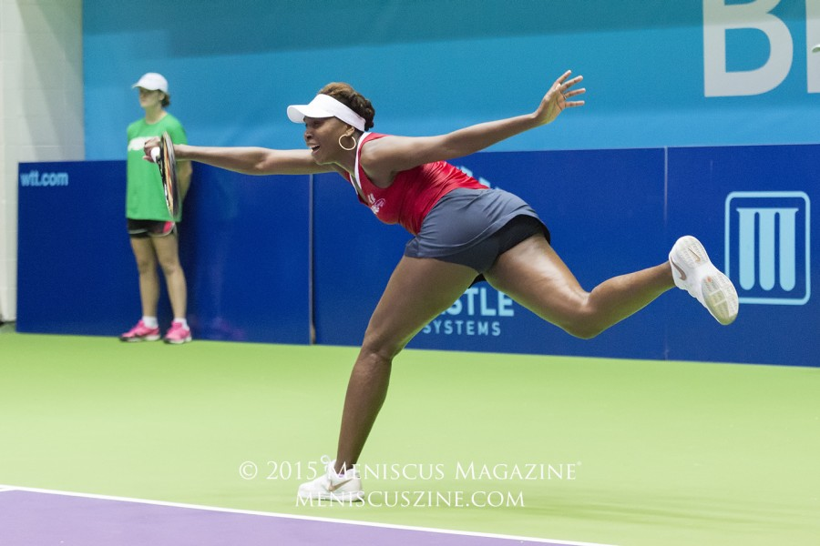 Venus Williams in her lone home appearance for the Washington Kastles this 2015 World TeamTennis season. (photo by Kwai Chan / Meniscus Magazine)