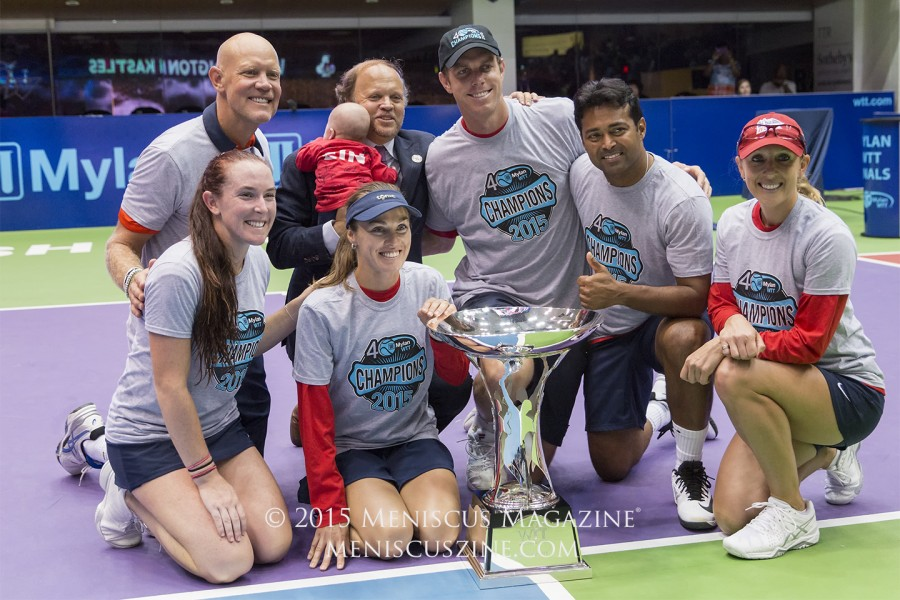 Washington Kastles Coach Murphy Jensen, Madison Brengle, Kastles owner Mark Ein, Martina Hingis, Sam Querrey, Leander Paes and Anastasia Rodionova with the 2015 Mylan World TeamTennis Finals trophy. (photo by Kwai Chan / Meniscus Magazine)