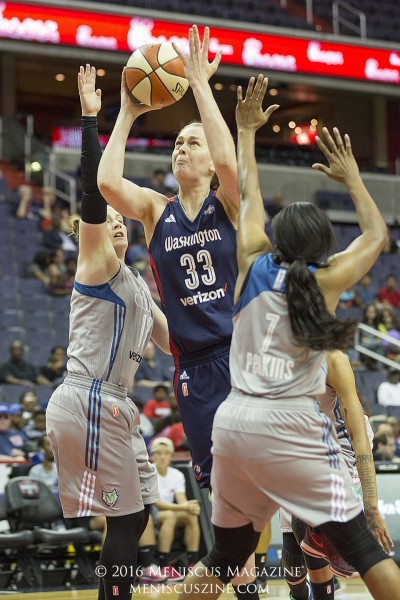 Washington Mystics forward Emma Meesseman finished with 20 points. (photo by Kwai Chan / Meniscus Magazine)