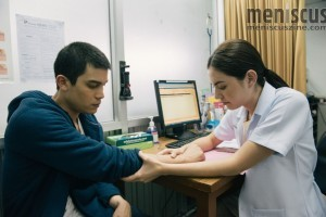 "Doctor Imm (Mai Davika Hoorne) tries to figure out Yoon's physical - and emotional - problems in ""Heart Attack."" (still courtesy of the New York Asian Film Festival)"