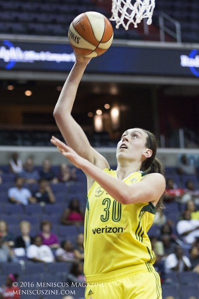 Breanna Stewart of the Seattle Storm. (photo by Kwai Chan / Meniscus Magazine)