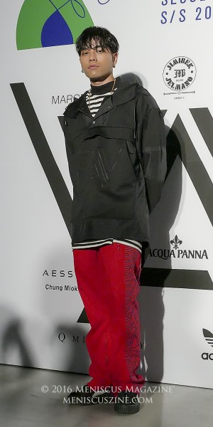 """Rapper and hip-hop artist Reddy (레디) attends the A.AV Spring 2017 """"Shave Your Beard"""" show at Seoul Fashion Week. (photo by Yuan-Kwan Chan / Meniscus Magazine)"""
