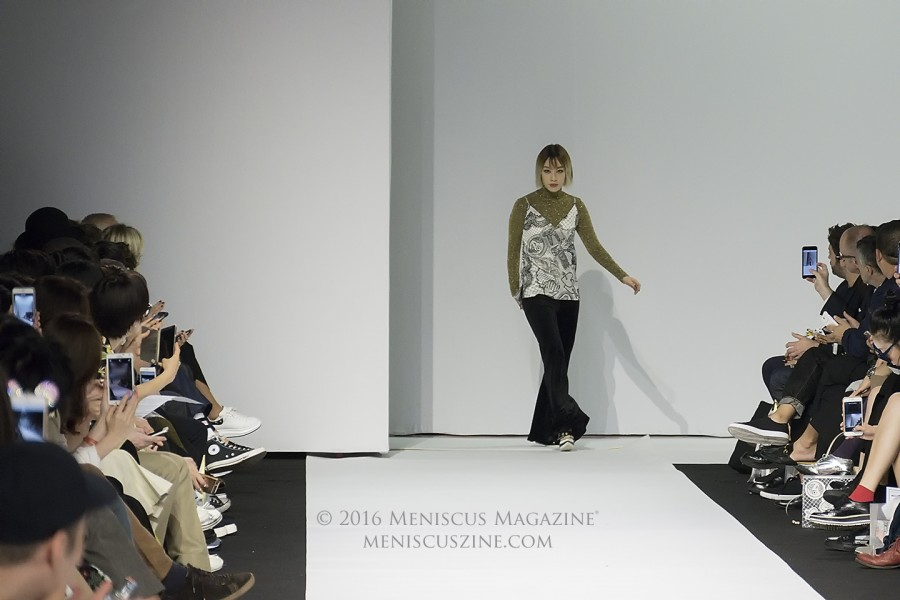 Kathleen Kye (계한희) at the conclusion of the KYE Spring 2017 show at Dongdaemun Design Plaza in Seoul. (photo by Yuan-Kwan Chan / Meniscus Magazine)
