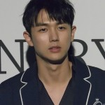 seoul-fashion-week-spring-2017_ordinary-people-red-carpet_lin-seulong_161022_1