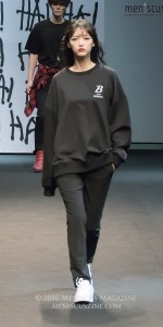 seoul-fashion-week-spring-2017_yohanix_161021_40
