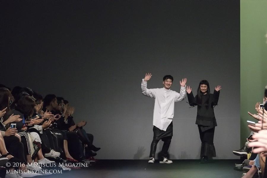 BMUET(TE) creative directors Byungmun Seo and Jina Um. (photo by Yuan-Kwan Chan / Meniscus Magazine)