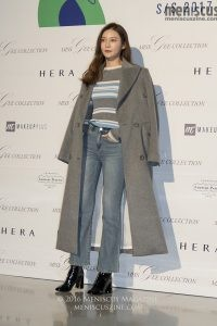 Seoul Fashion Week-Spring-2017_Miss Gee Collection red carpet_161022_18