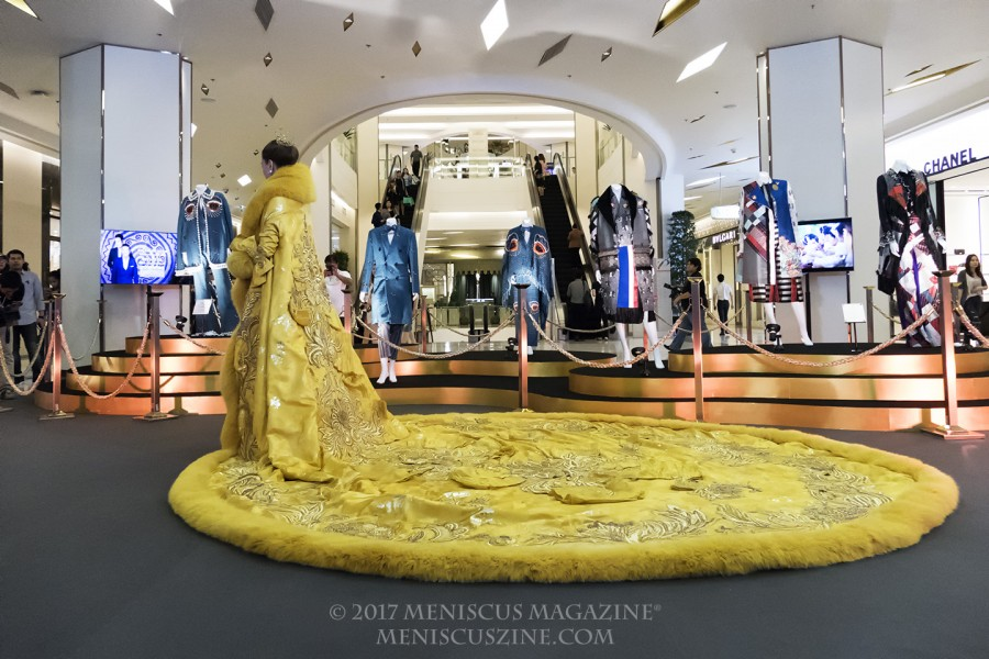 The dress that put Chinese fashion designer Guo Pei on the global map: A 25-kg. (55-lb.) number worn by Rihanna at the 2015 Met Ball. (photo by Yuan-Kwan Chan / Meniscus Magazine)