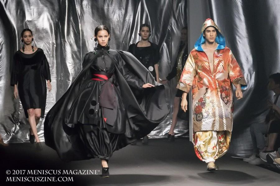 "Always paired up in Thai commercials and soap operas, ""Yaya"" Urassaya Sperbund (second from left) and ""Barry"" Nadech Kugimiya (right) walk the runway for Nagara at Bangkok International Fashion Week 2017. (photo by Yuan-Kwan Chan / Meniscus Magazine)"