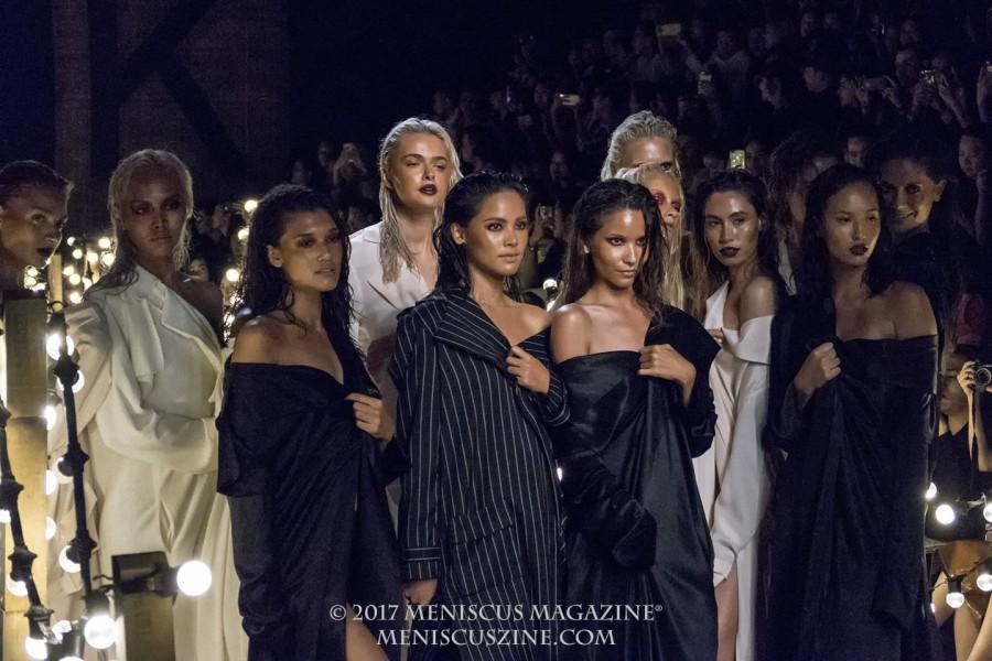 Yaya Urassaya Sperbund (center) with fellow models at the Vatanika Spring 2017 show in Bangkok. (photo by Yuan-Kwan Chan / Meniscus Magazine)
