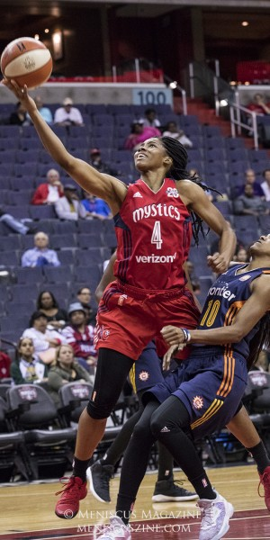 Tayler Hill led all Mystics scorers with 18 points. (photo by Kwai Chan / Meniscus Magazine)
