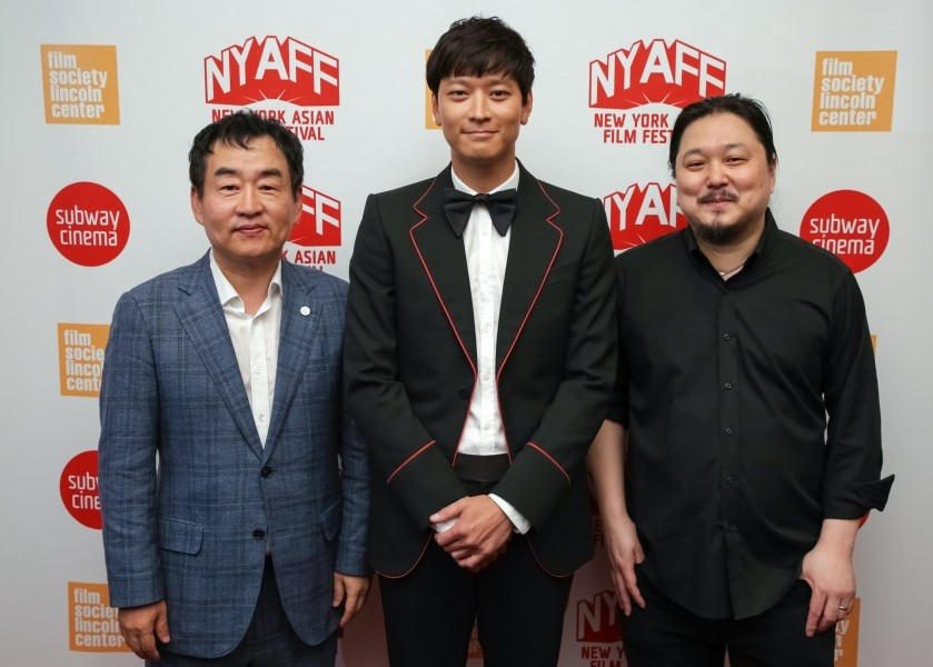 South Korean actor Kang Dong-won (center) won the Star Asia Award at the 2017 New York Asian Film Festival. To the right is the festival's executive director, Samuel Jamier. (photo by Brent. N Clarke)