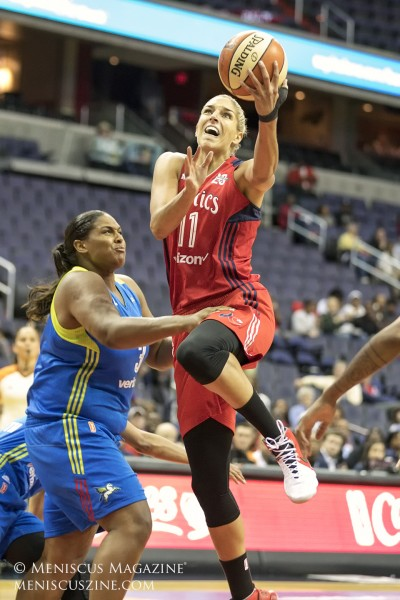 Elena Delle Donne of the Washington Mystics. (photo by Kwai Chan / Meniscus Magazine)