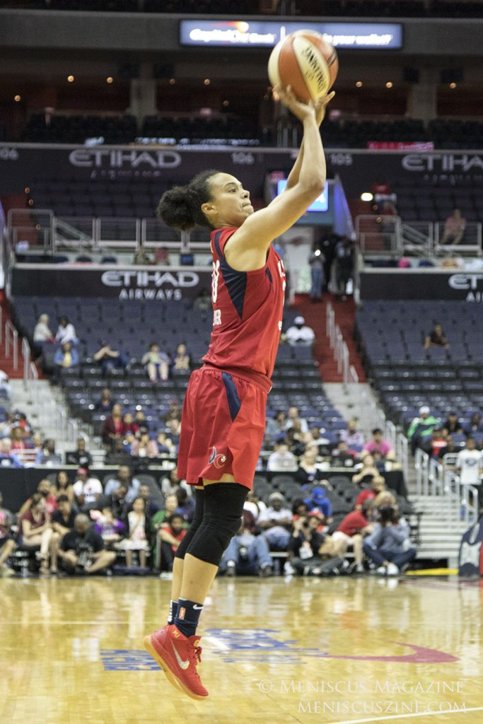 The Mystics' Kristi Toliver led all scorers with 19 points. (photo by Kwai Chan / Meniscus Magazine)