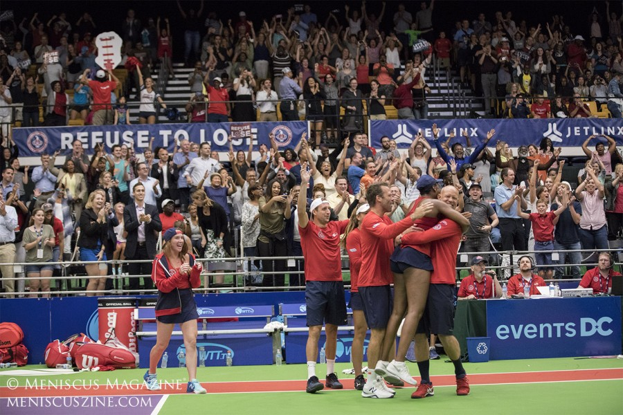 Washington Kastles teammates and coach Murphy Jensen celebrate with Venus Williams after the team edged the San Diego Aviators, 21-20, at home. (photo by Kwai Chan / Meniscus Magazine)
