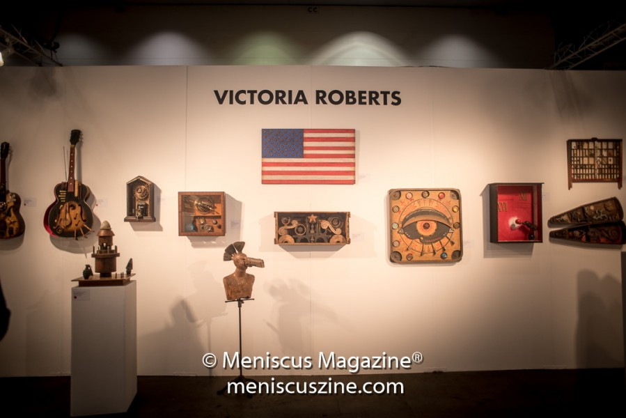 To find out more about Victoria Roberts' work, go to http://www.victoria-roberts.com/. (photo by Ali Zandi / Meniscus Magazine)