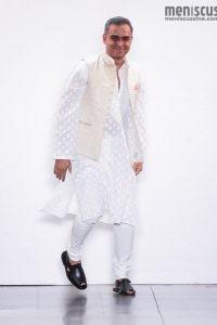 Bibhu Mohapatra_45_isi_0664