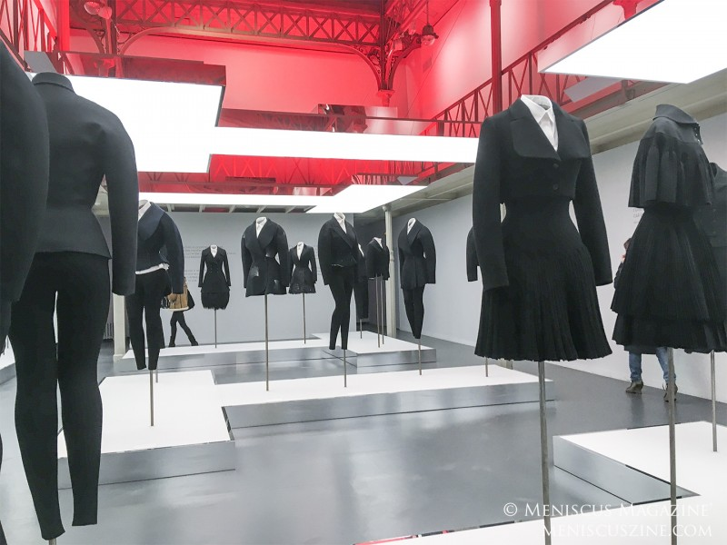 The exhibit Adrian and Alaïa: The Art of Tailoring at the Azzedine Alaïa Association. (photo by Yuan-Kwan Chan / Meniscus Magazine)